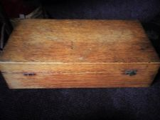 "VINTAGE GOOD SIZE OLD WOODEN BOX 3 COMPARTMENT CIGAR GAMES 14"" X 7"" SUPER GRAIN"